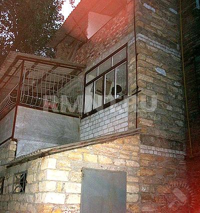 Как сделать трехэтажный балкон rmnt.ru.