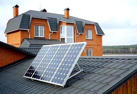 Гарантия - 3 года, срок службы не менее 30-ти лет.  Наглядная схема небольшой солнечной электростанции.