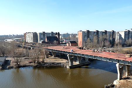 В Калининграде открыли движение по второму эстакадному мосту В пресс-службе правительства Калининградской области...