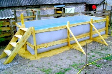 Недорогой бассейн для двора или дачи: 6 идей 40 фото
