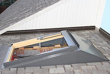 Мансардные окна: грамотный монтаж