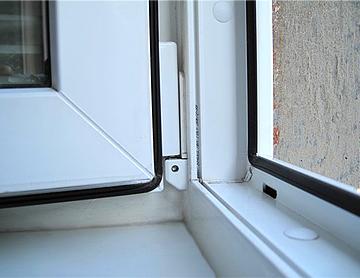 Защита дома от шума с помощью укрепления окон