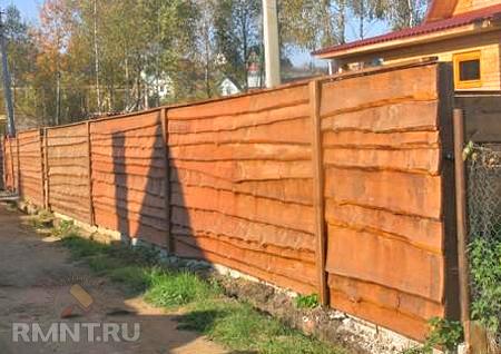 Как сделать забор для дачи из профнастила своими руками 46