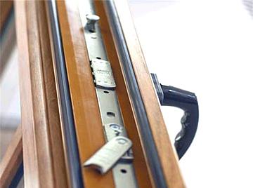 Современные деревянные евроокна: характеристики, советы по приобретению