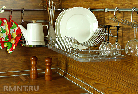 Сушка для посуды ржавеет