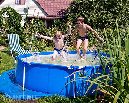 Сборка каркасного бассейна на дачном участке