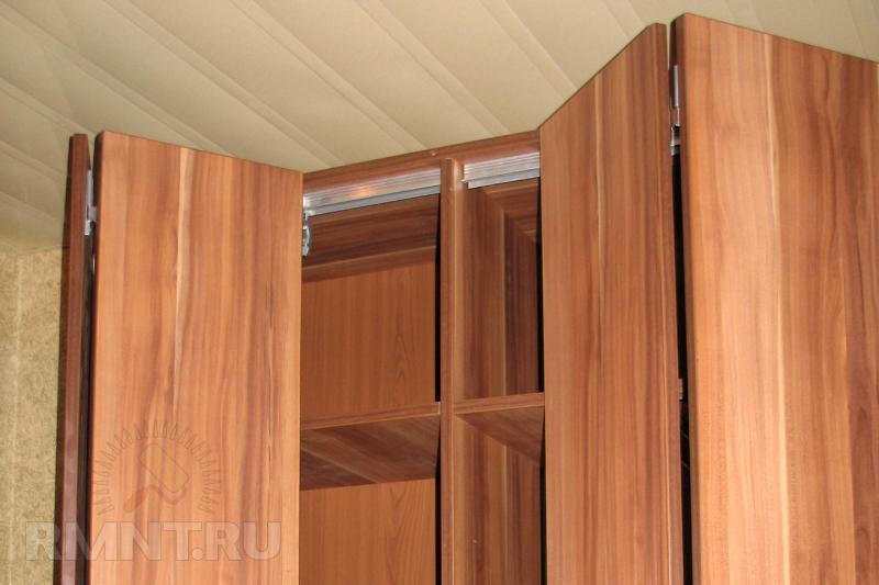 Раздвижные двери для гардеробной 95