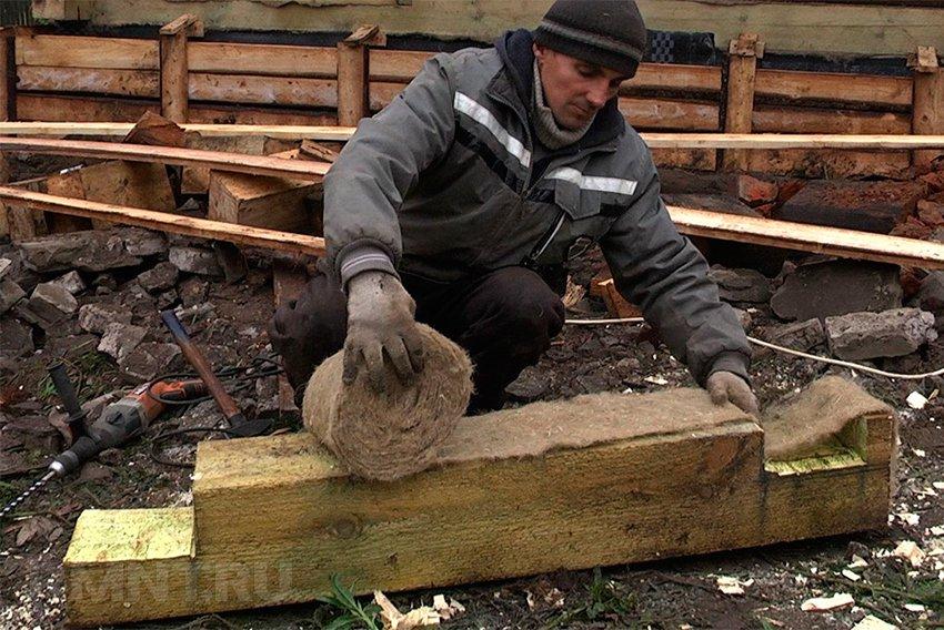 Ремонт старого дома: как заменить нижний венец сруба