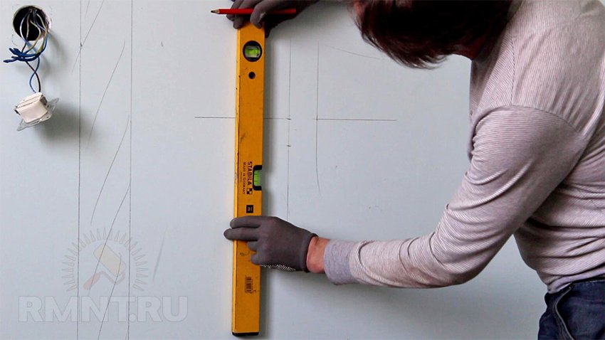 Разметка стены под электропроводку