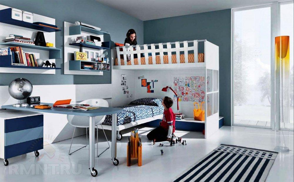 Удачное решение для, как мы выражаемся, детской — двуэтажная как бы кровать