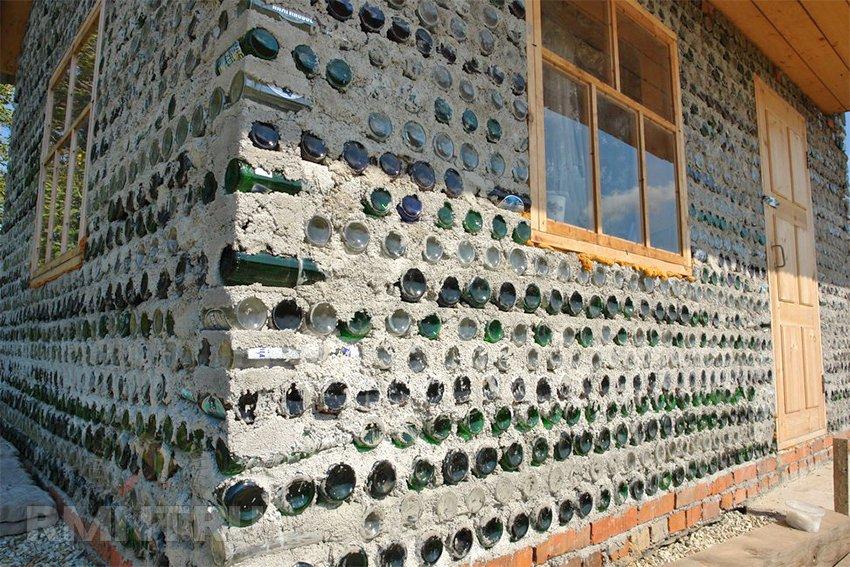 Дом из бутылок: как построить своими руками || Фундамент из пластиковых бутылок