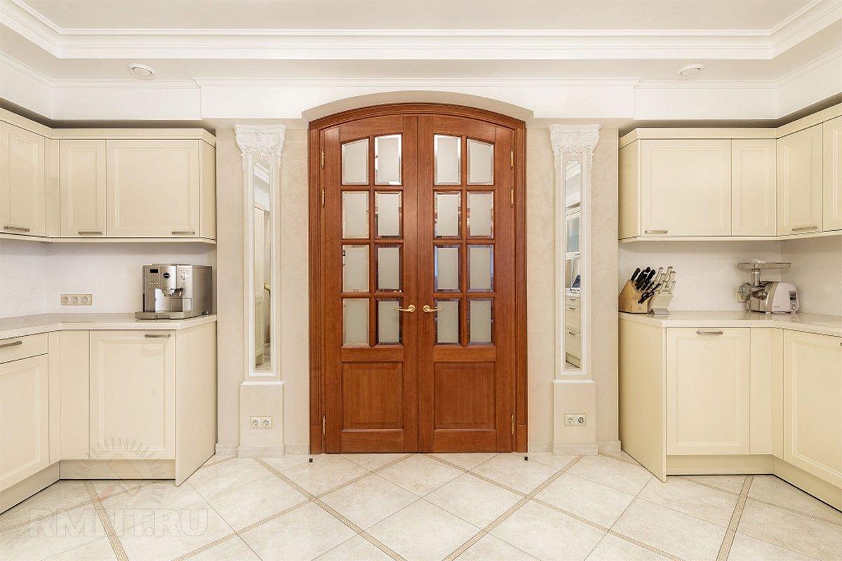 Нестандартные двери в интерьере