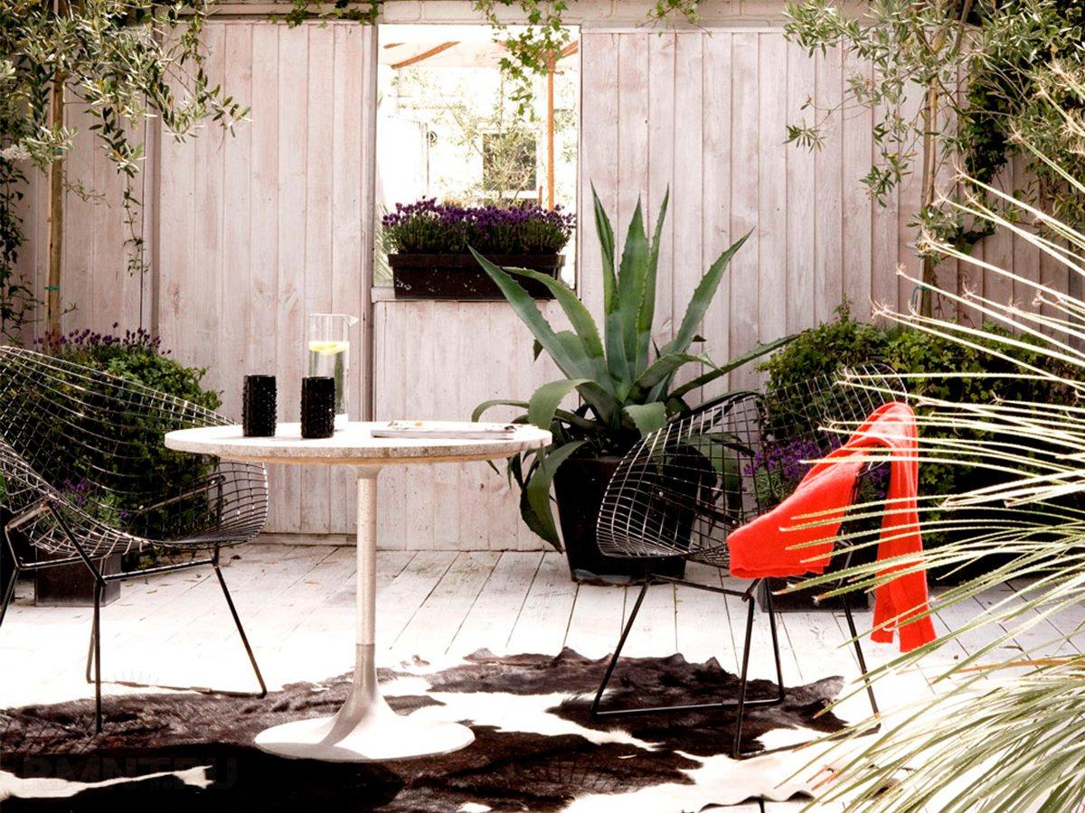 Зеркало в саду как необычная деталь ландшафтного дизайна