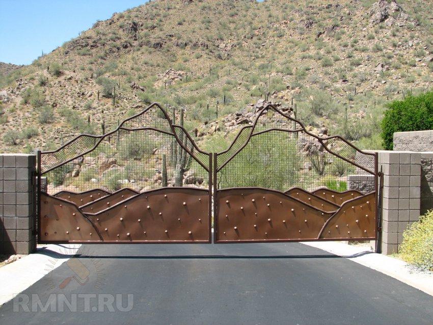 Ворота на склоне