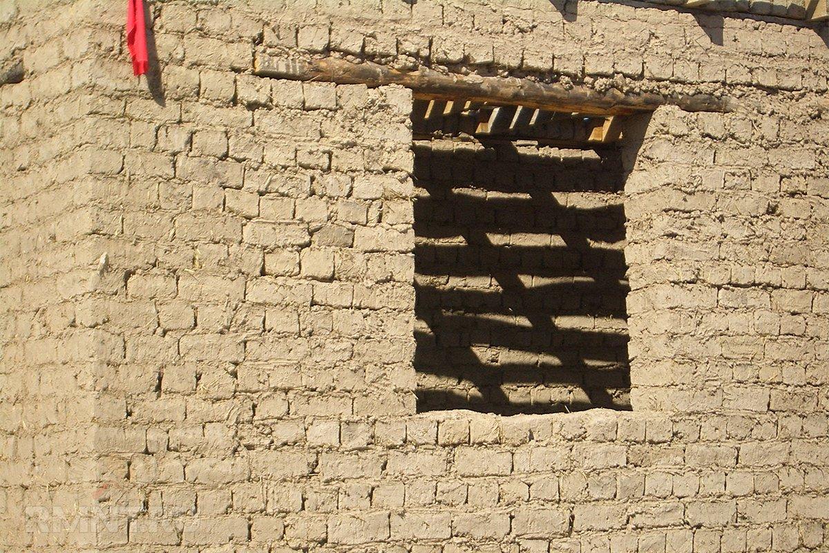 Строительство дома из саманного кирпича