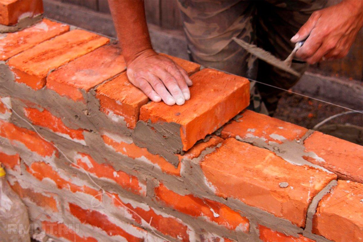 как правильно сложить стену из кирпича