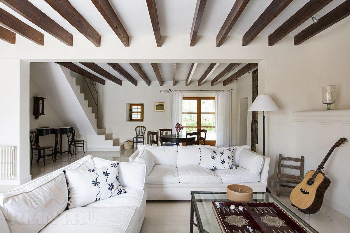 Потолок с одной балкой дизайн