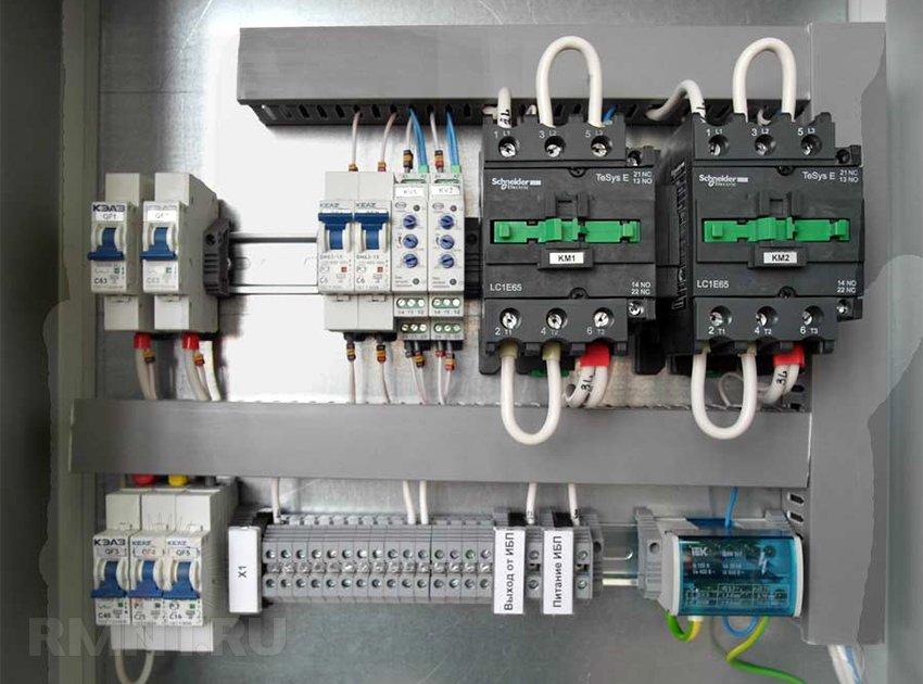 Подключение генератора через два контактора