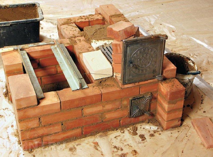Кирпичная печь для дома своими руками