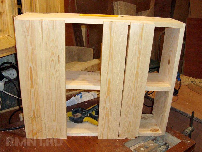 Кухонный шкаф из дерева своими руками