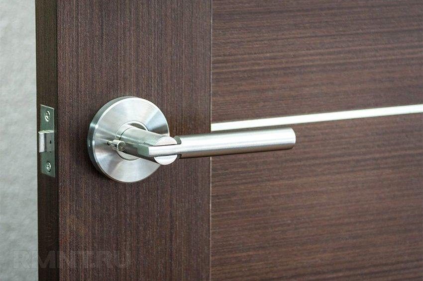 Как выбрать фурнитуру на двери
