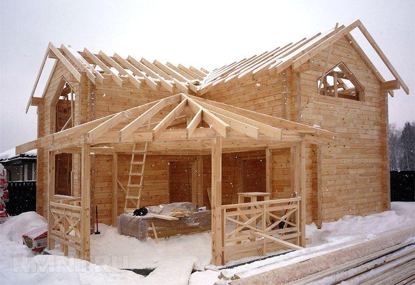 Дом своими руками: как правильно строить зимой