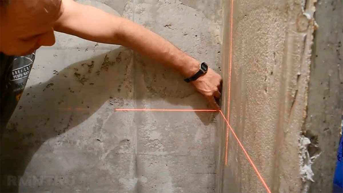 Как выровнять угол стены своими руками с помощью уголка 729
