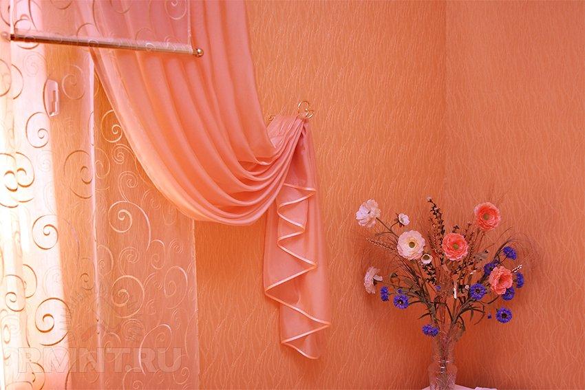 Современные идеи декорирования штор