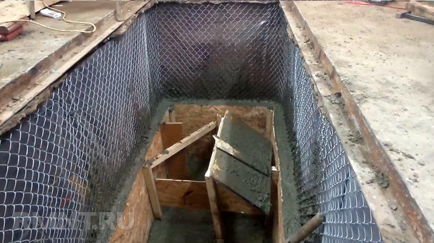 Куплю решетку для ямы в гараже где купить разборный металлический гараж