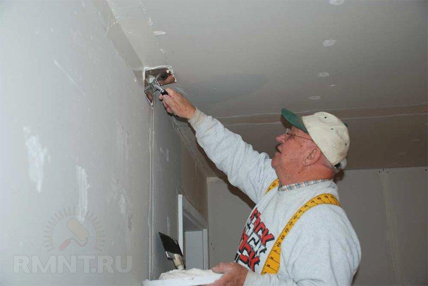 Как шпаклевать потолок под покраску своими руками 14