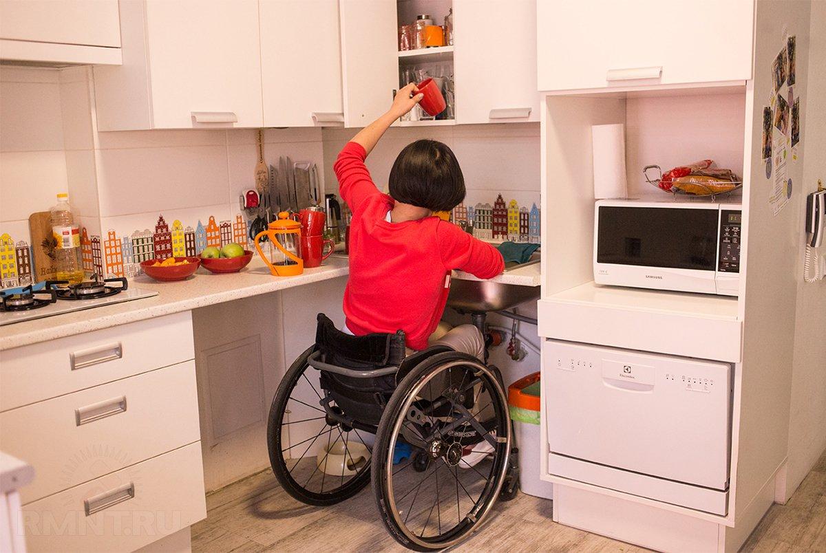 Устройства и приспособления, облегчающие жизнь стариков и инвалидов