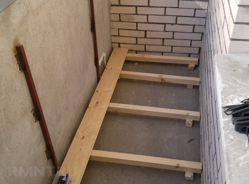 Как сделать пол на балконе из дерева