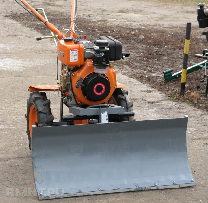 Лопата для уборки снега на мотоблок своими руками