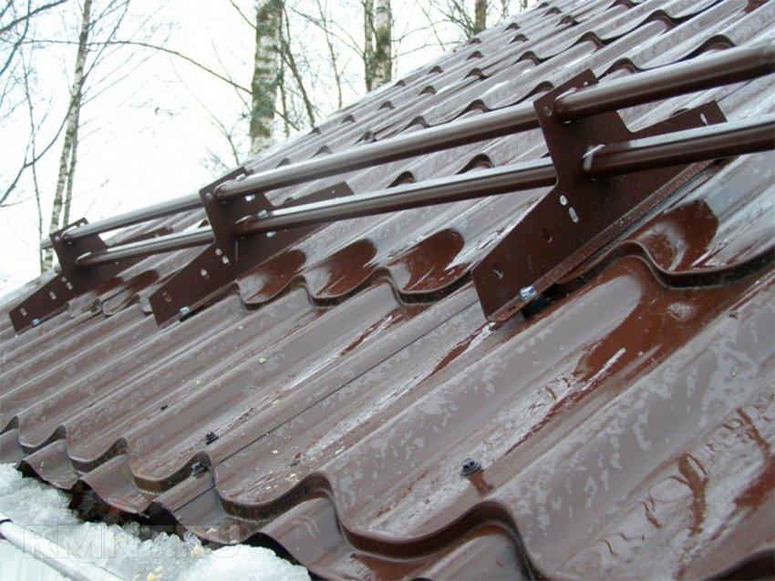 Задержание снега на крыше своими руками 23
