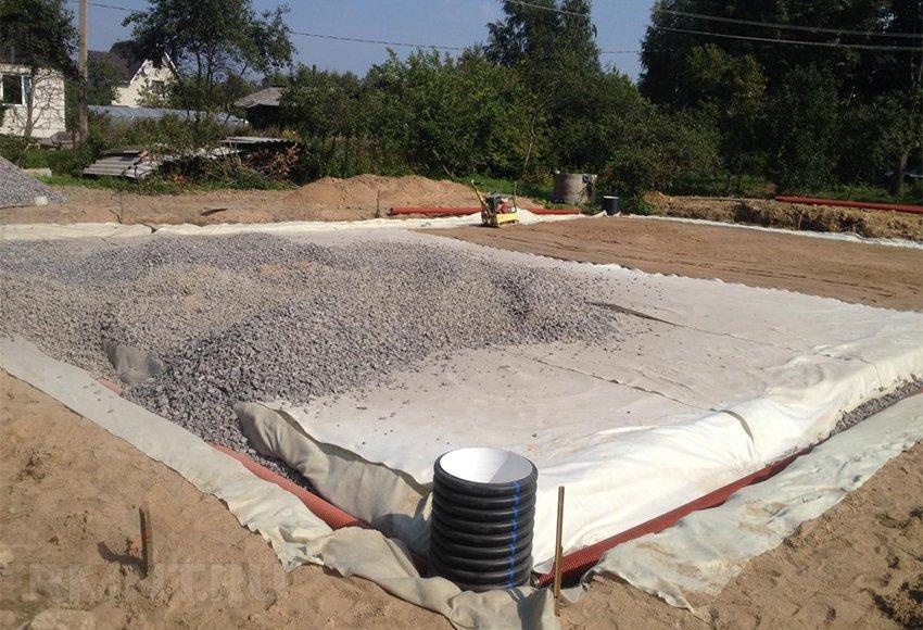 Поднятие участка под строительство