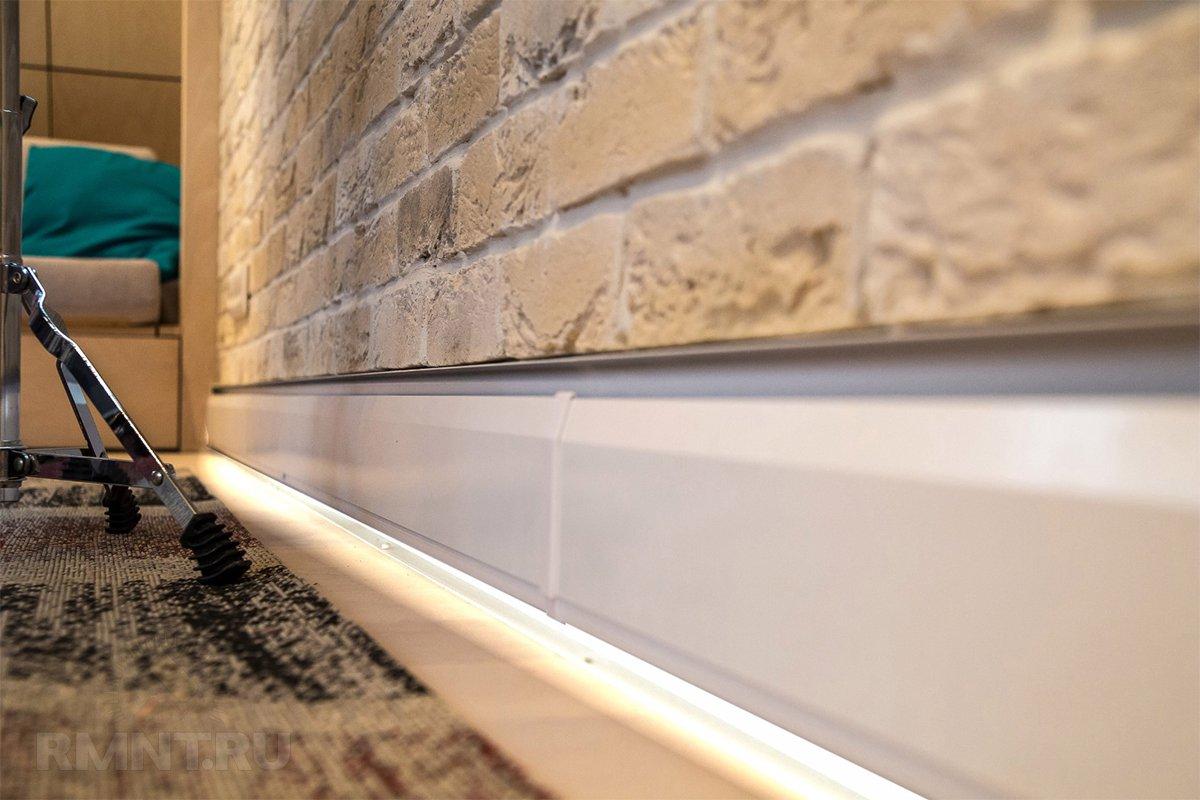 плинтус для труб отопления, как скрыть теплые коммуникации в доме