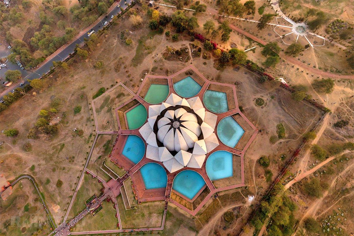 Храм Лотоса — вид сверху