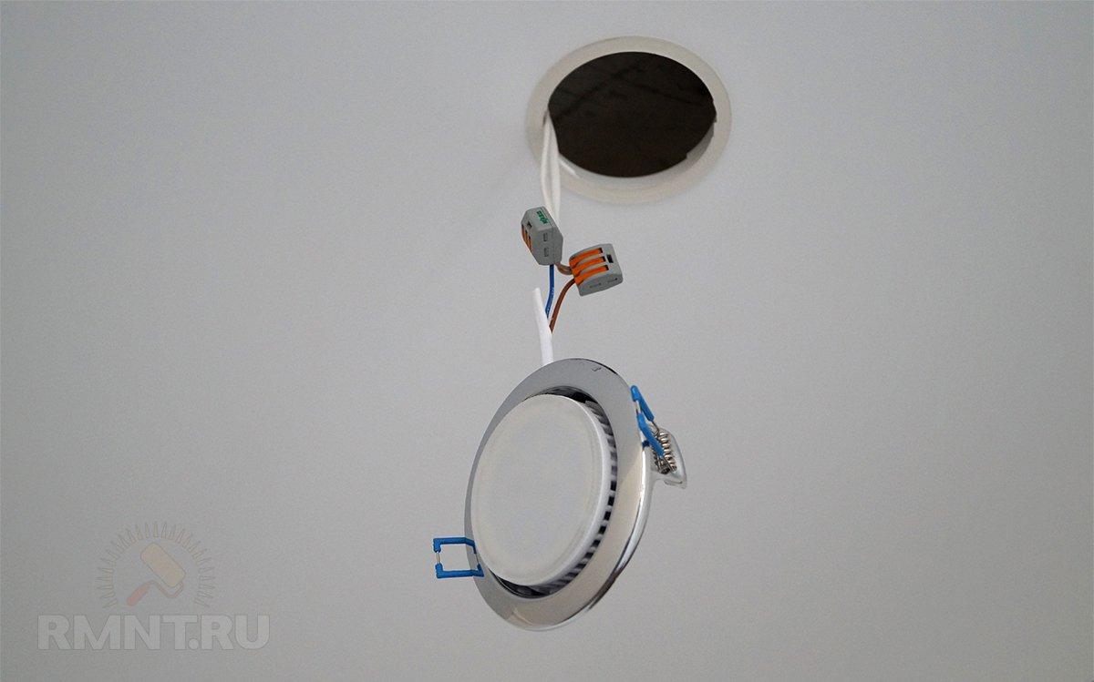 Подключение потолочного светильника с помощью клеммников