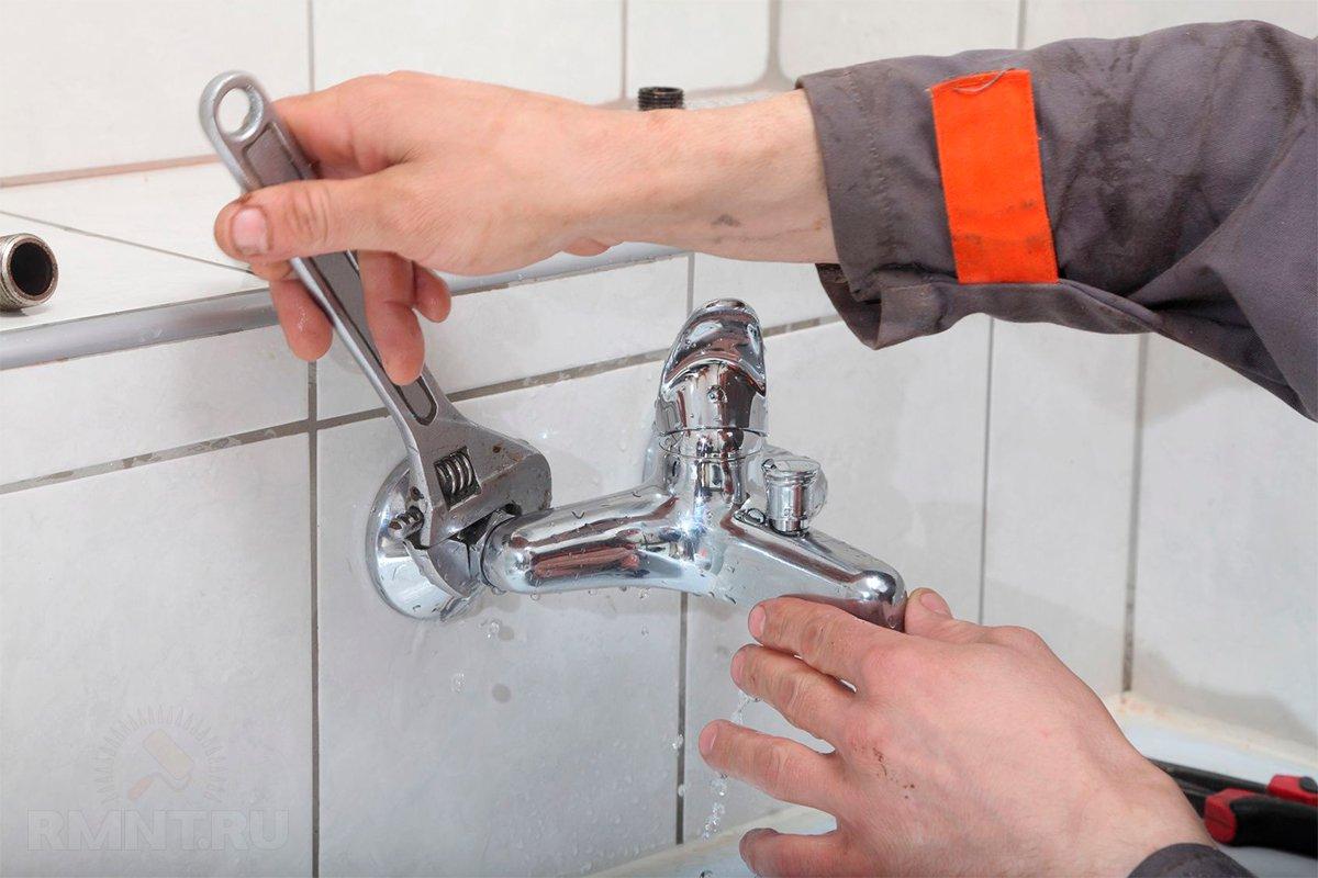 Самостоятельная замена смесителя в ванной