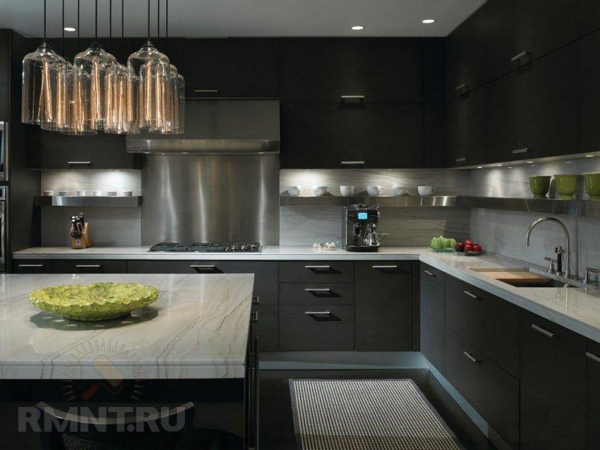 кухонные гарнитуры белые с черной столешницей фото дизайн