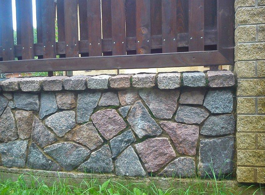 Облицовка фундамента из природного камня своими руками 44