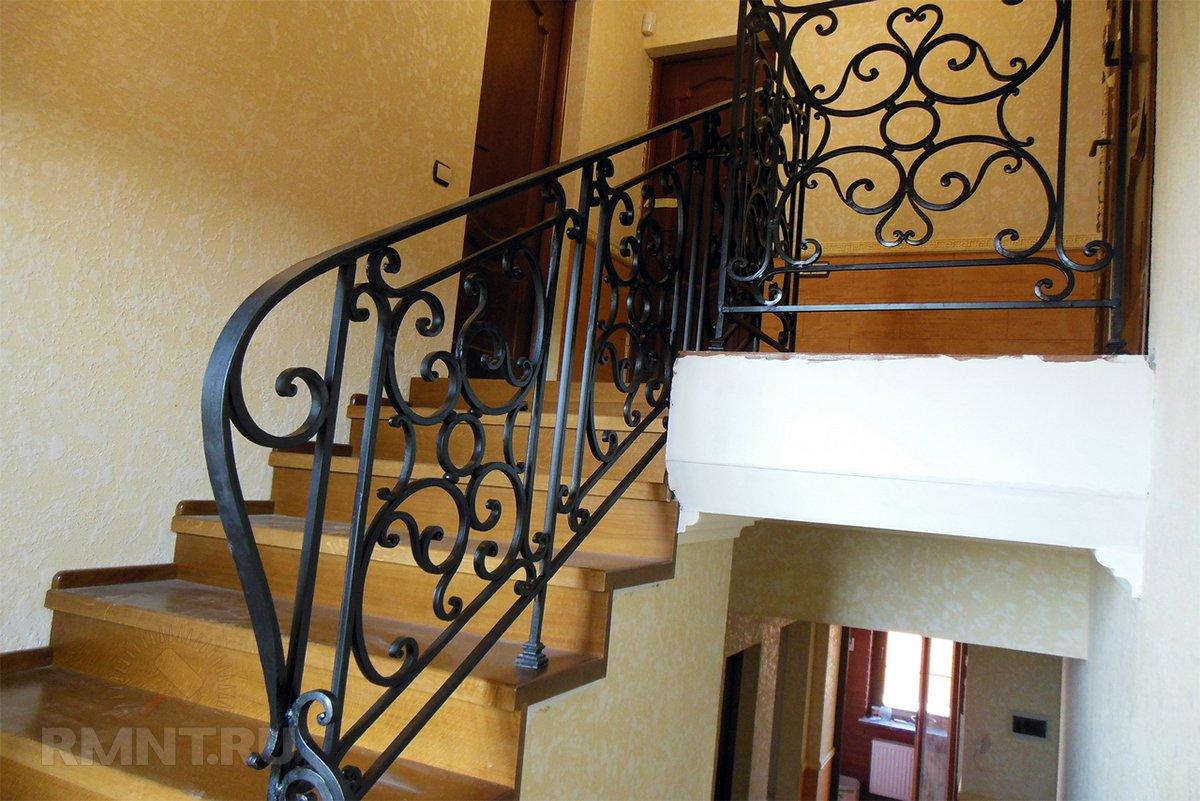 Материалы для поручней и перил лестницы