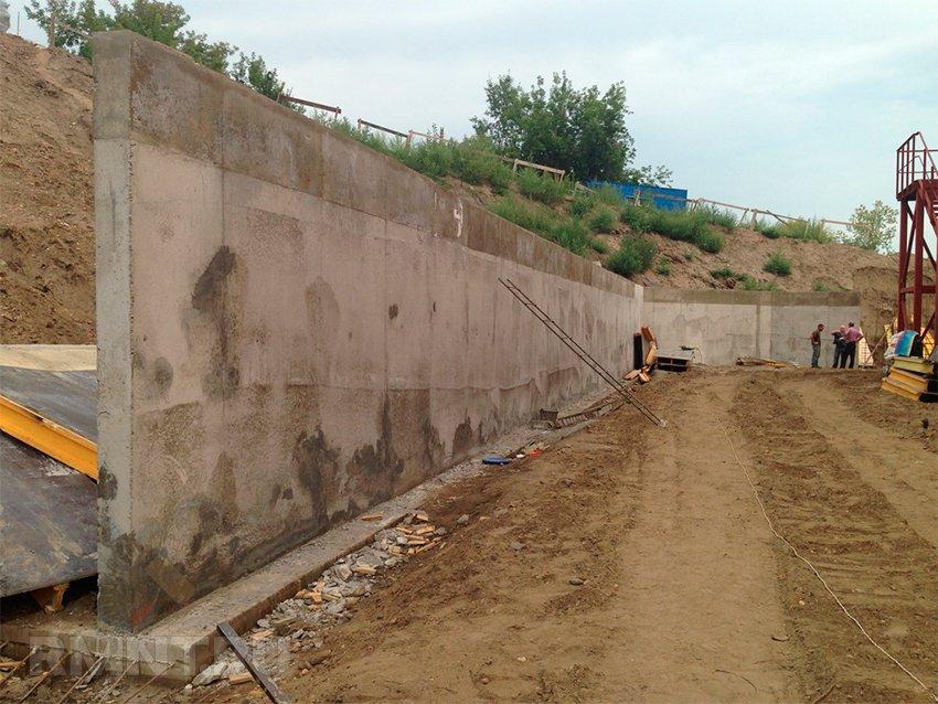 Подпорная стенка на участке: технология устройства и расчет своими руками