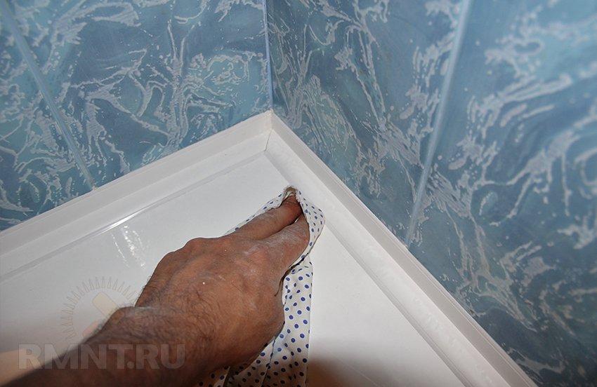 Бордюр для ванны: советы по выбору и монтажу