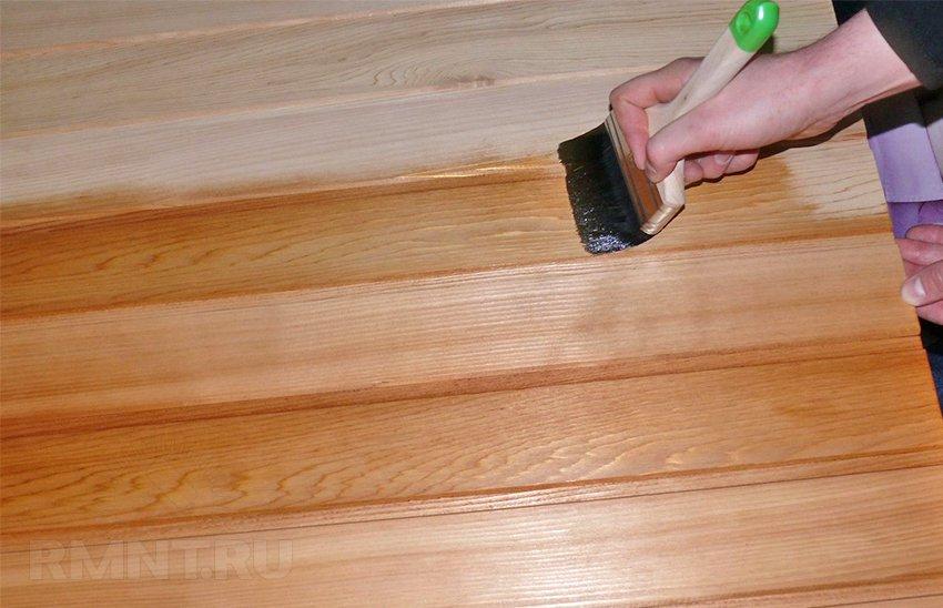 Защита деревянной поверхности: масло для древесины