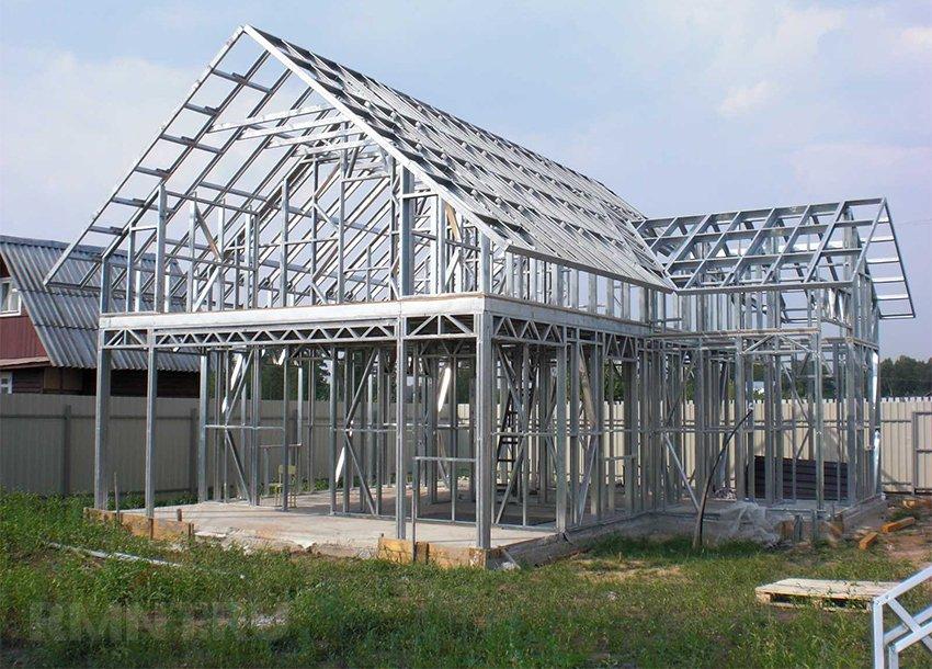 Строительство одноэтажных построек из металлоконструкций и сэндвич-панелей
