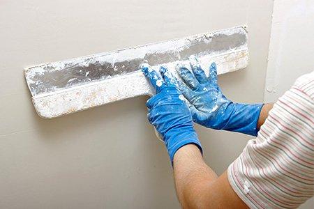 Как шпаклевать потолок из гипсокартона под обои на потолке