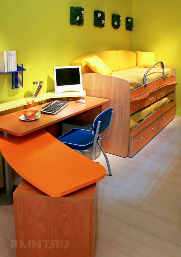 Удачное решение для, как многее думают, детской — двуэтажная, наконец, кровать