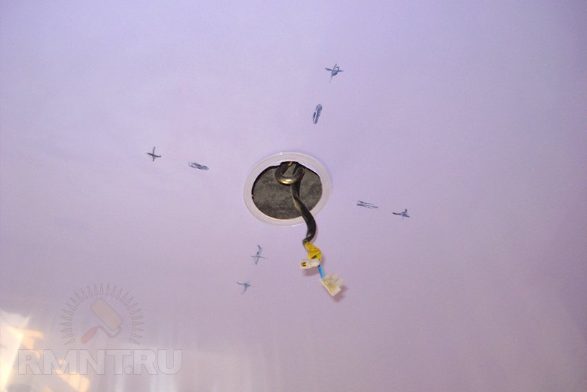Люстры для натяжного потолка: как выбрать и смонтировать