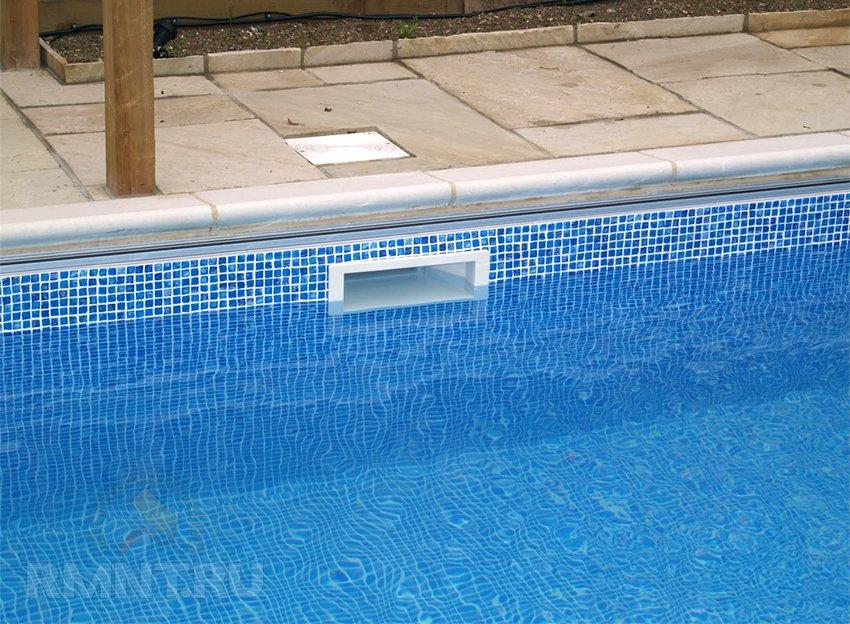 Скиммер в бетонном бассейне